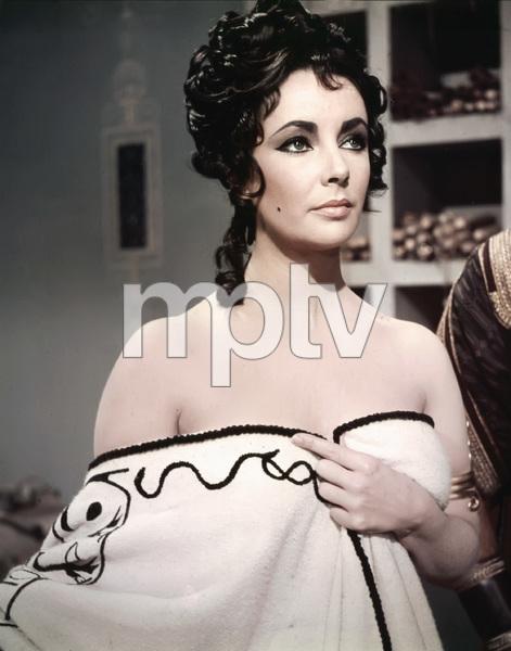 """Cleopatra""Elizabeth Taylor1963 20th Century Fox** I.V. - Image 5589_0094"