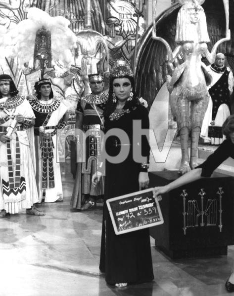 """Cleopatra""Elizabeth Taylor1963 20th Century Fox** I.V. - Image 5589_0095"