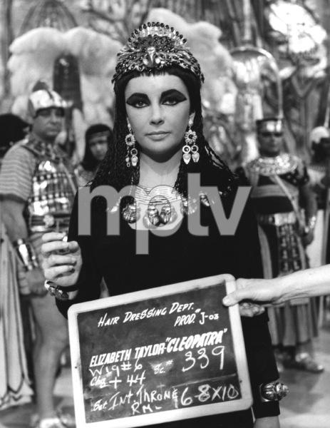 """Cleopatra""Elizabeth Taylor1963 20th Century Fox** I.V. - Image 5589_0096"