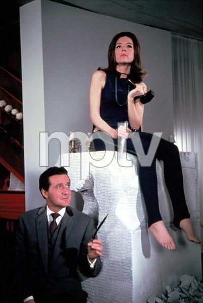 """""""The Avengers""""Patrick McNee,Diana Rigg1968 ABC**I.V. - Image 5634_0048"""