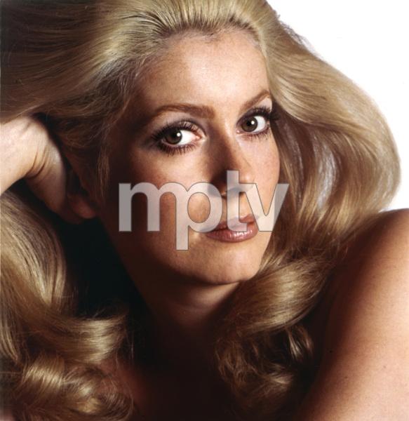 Catherine Deneuve, I.V., 1971 - Image 5638_0019