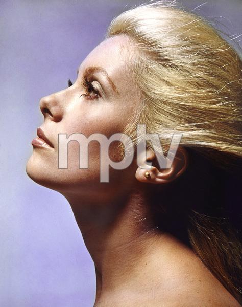 Catherine Deneuve, 1971, I.V. - Image 5638_0021