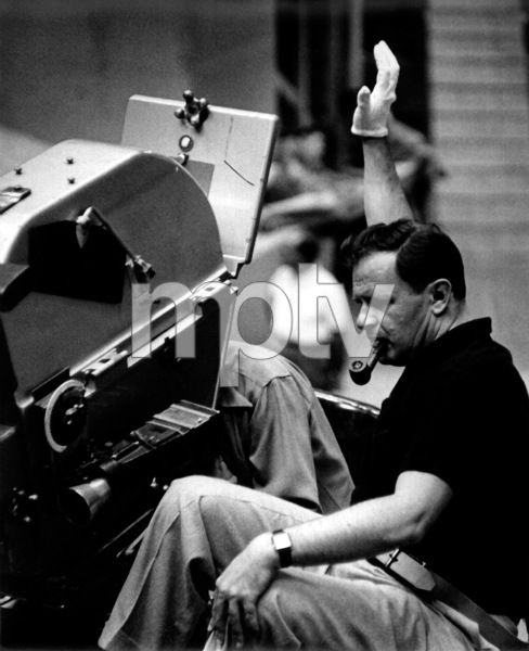 "Joseph MankiewiczFilm Set""Julius Caesar"" (1952)Copyright John Swope Trust / MPTV - Image 5692_0032"