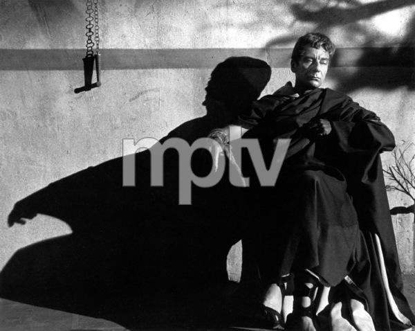 "John GielgudFilm Set""Julius Caesar"" (1952)Copyright John Swope Trust / MPTV - Image 5692_0037"