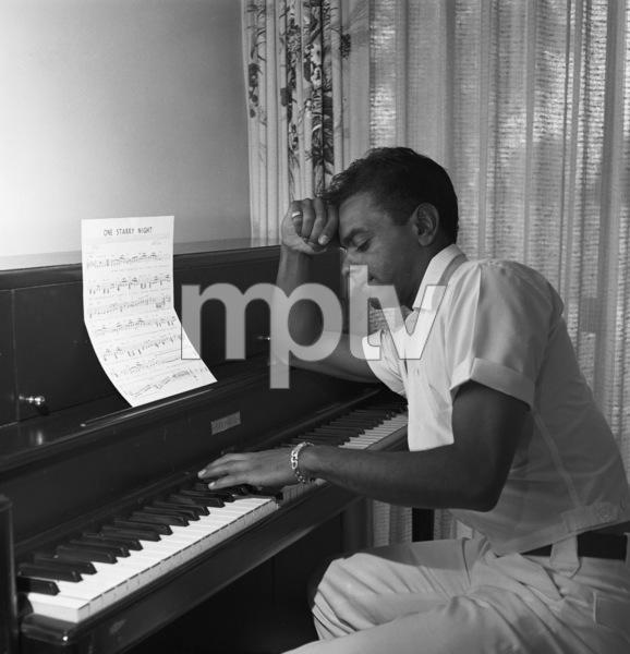 Johnny Mathis1964 © 1978 Eric Skipsey - Image 5718_0078