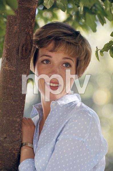 Julie Andrews1967 © 1978 Gunther - Image 5722_0104