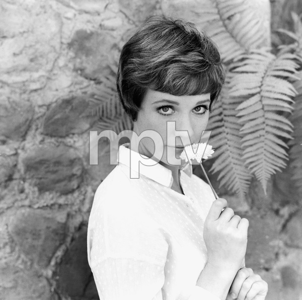 Julie Andrewscirca 1969** I.V. - Image 5722_0177