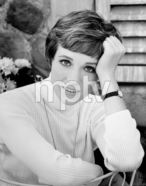 JULIE ANDREWS, EARLY 1970