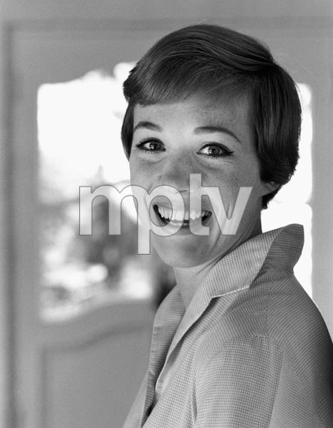 Julie Andrews1966 © 1978 Gene Trindl - Image 5722_0185