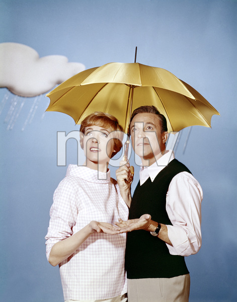 "Julie Andrews and Gene Kelly in ""The Julie Andrews Show""1965  ** B.D.M. - Image 5722_0214"