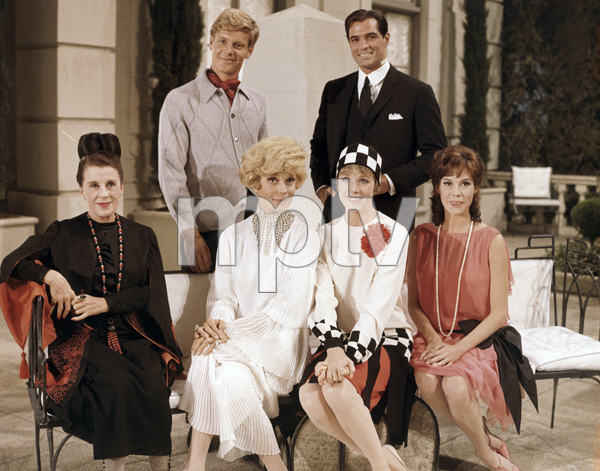 """Beatrice Lillie, James Fox, Carol Channing, Julie Andrews, John Gavin and Mary Tyler Moore in """"Thoroughly Modern Millie""""1967 Universal** B.D.M. - Image 5722_0219"""