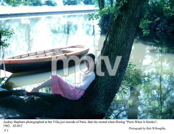 """Paris When It Sizzles""Audrey Hepburn1962 / Paramount © 1978 Bob Willoughby - Image 5734_0038"