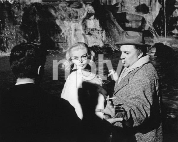 """""""La Dolce Vita""""Anita Ekberg, director Federico Fellini1960** I.V. - Image 5754_0016"""