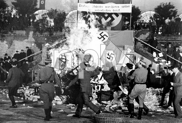 """""""The Damned""""1969 Warner Brothers** I.V. - Image 5790_0107"""