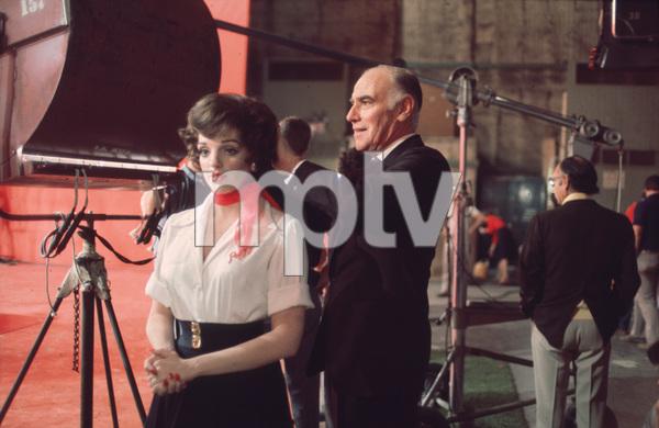 """New York, New York""Liza Minnelli on the set with Sydney Guilaroff1977 UA / Chartioff-Winkler © 1978 Bruce McBroom - Image 5810_0051"