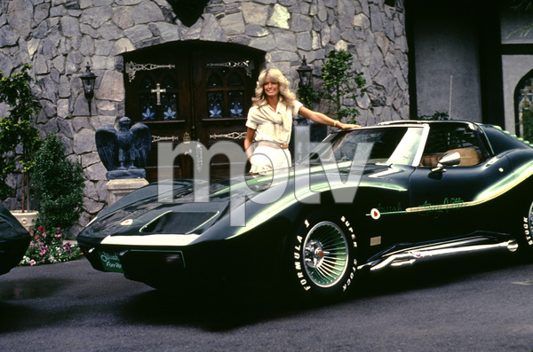 Farrah Fawcett at home with her Corvette, C. 1976. © 1978 Gunther - Image 5928_6