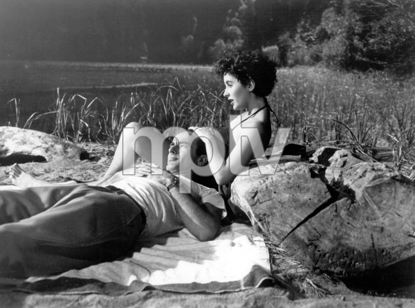 """""""Place In The Sun, A""""Elizabeth Taylor, Montgomery Clift1951 Paramount / **I.V. - Image 5984_0012"""