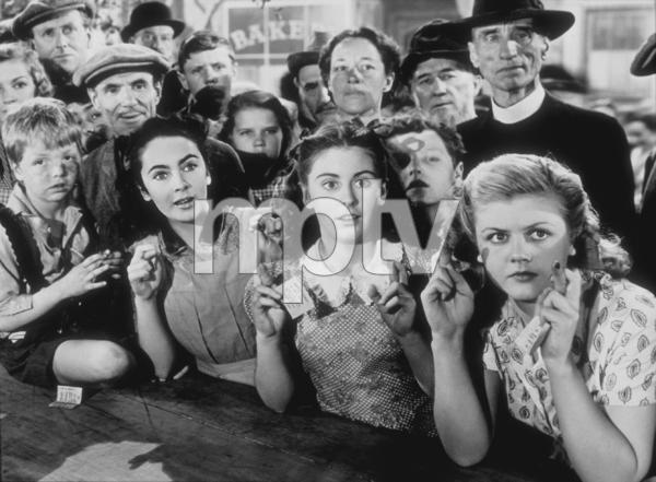 """National Velvet""Jackie Jenkins, Elizabeth Taylor, Juanita Quigley, Angela Lansbury1945 MGM**R.C.MPTV - Image 6019_0008"