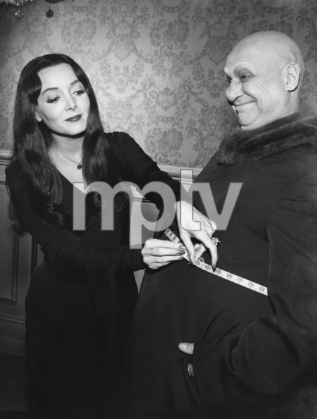 """""""The Addams Family"""" (Episode: Fester Goes on a Diet)Carolyn Jones, Jackie Coogan1965 - Image 6068_0005"""
