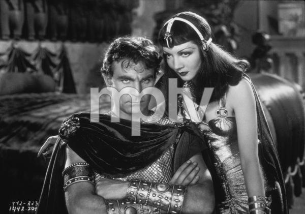 """Cleopatra""Claudette Colbert, Henry Wilcoxen1934 Paramount - Image 6126_0001"