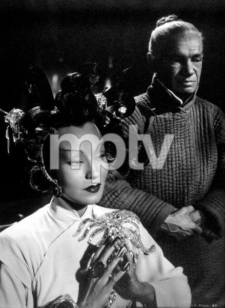 """Shanghai Gesture""Maria Ouspenskaya and Ona Munson1941MPTV/ © 1978 Ned Scott Archive - Image 6175_0003"