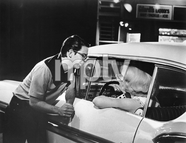 """American Graffiti""Charlie Martin Smith, Candy Clark © 1973 Universal - Image 6199_0011"