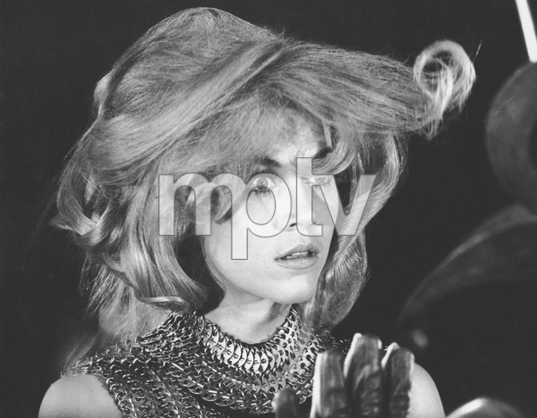 Jane Fonda, BARBARELLA, Paramount, I.V. - Image 6232_0154