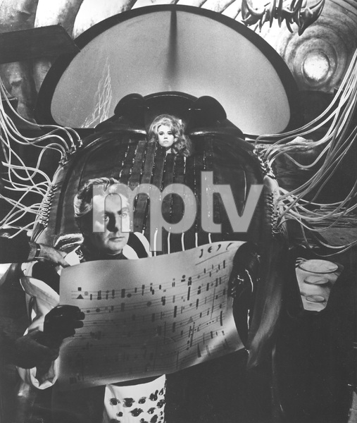 Jane Fonda, BARBARELLA, Paramount, I.V. - Image 6232_0172