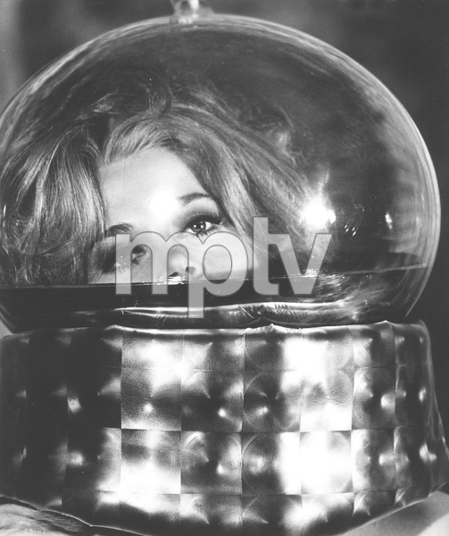 Jane Fonda in the Orgasm machine, Jane Fonda, BARBARELLA, Paramount, I.V. - Image 6232_0174