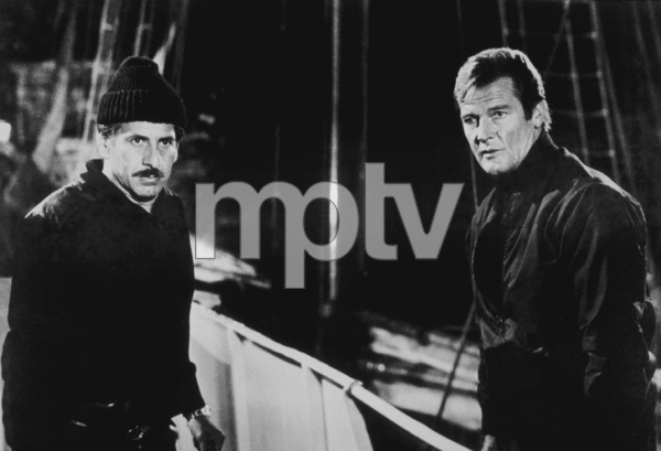 """""""For Your Eyes Only,""""Topol, Roger Moore © 1981 UA / MPTV - Image 6419_0005"""