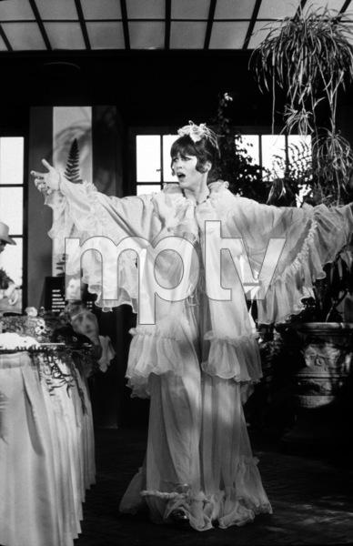 """""""Fun With Dick and Jane""""Jane Fonda 1976 Columbia © 1978 Mel Traxel - Image 6432_0005"""