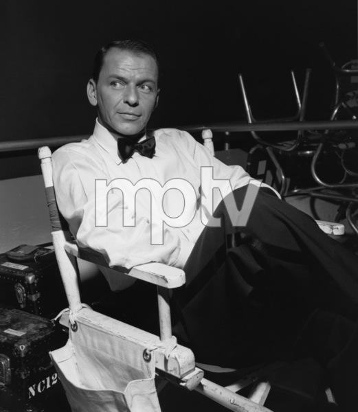 """Frank Sinatra during the filming of """"A Hole in the Head""""1959 United Artists** I.V. - Image 6500_0005"""
