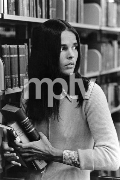 Ali MacGraw1969 © 1978 Ken Whitmore - Image 6628_0020
