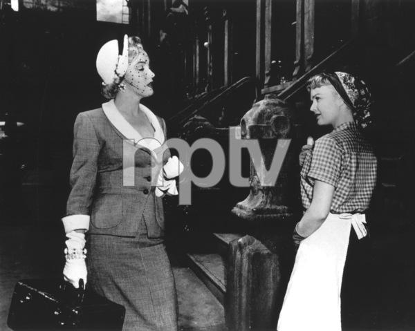 """Love Nest""Marilyn Monroe, June Haver1951 / 20th Century Fox**R.C. - Image 6730_0011"
