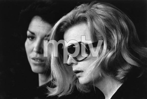 """Opening Night""Zohra Lampert, Gena Rowlands © 1978 Faces - Image 6940_0004"