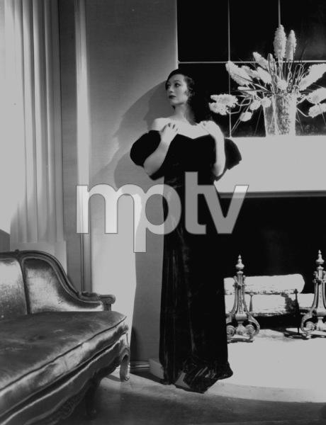 "Joan Crawford standing, portrait for ""Possessed,"" 1931. © 1978 George HurrellMPTV - Image 728_822"