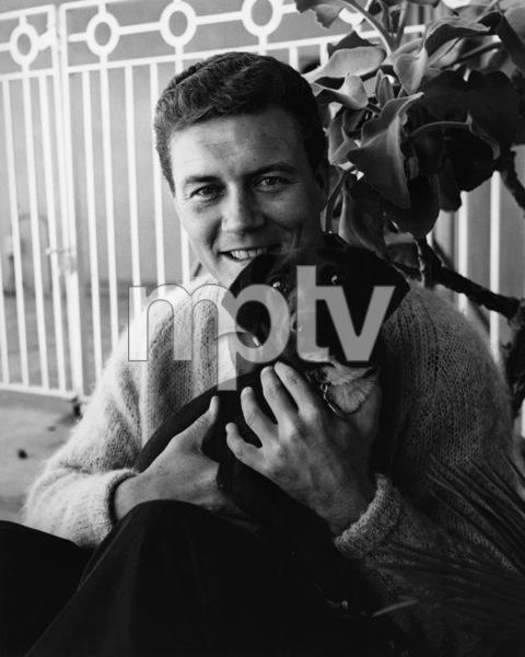 Roger Smith at home1965© 1978 Joe Shere - Image 7345_0005