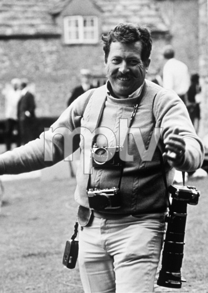 """Bob Willoughby on the set of """"Goodbye Mr. Chips"""" 1968 Photo by John Jay - Image 7512_0013"""