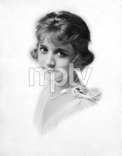 Billie Burke in PEGGY at the Majesty Theatre, circa 1916 - Image 7529_0024