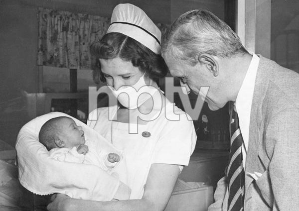 Boris Karoloss with infant daughter, 1938, I.V. - Image 7554_0125