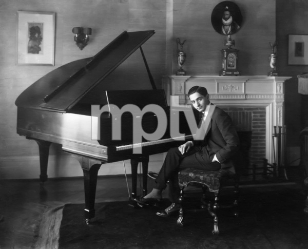 Irving Berlin at pianocirca 1910s** I.V. - Image 7560_0013