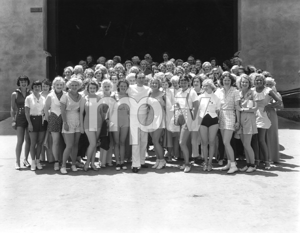 Busby Berkeley and girls, and chorus group photo, 1930