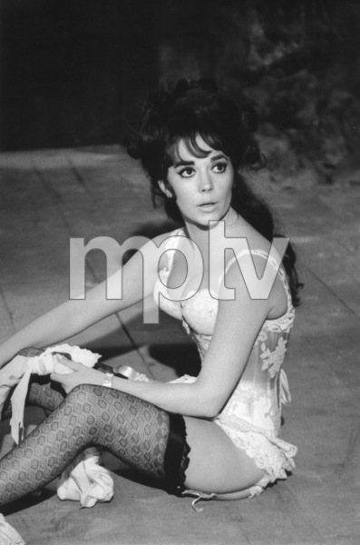 "Natalie Wood on the set of ""The Great Race,"" 1964. © 1978 Bob WilloughbyMPTV - Image 764_200"
