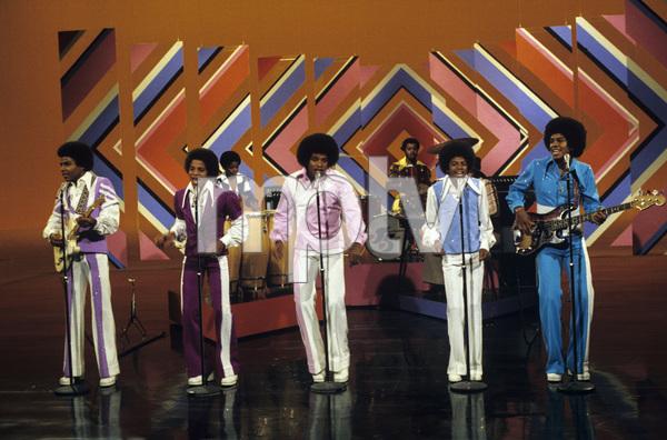 The Jackson Five (Marlon, Jermaine, Jackie, Michael, Tito)circa 1970s** H.L. - Image 7670_0033