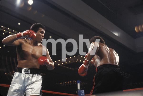 Muhammad Ali vs. Leon Spinks / Las Vegas Hilton / Las Vegas, Nevada1978 © 1978 Gunther - Image 7683_0422