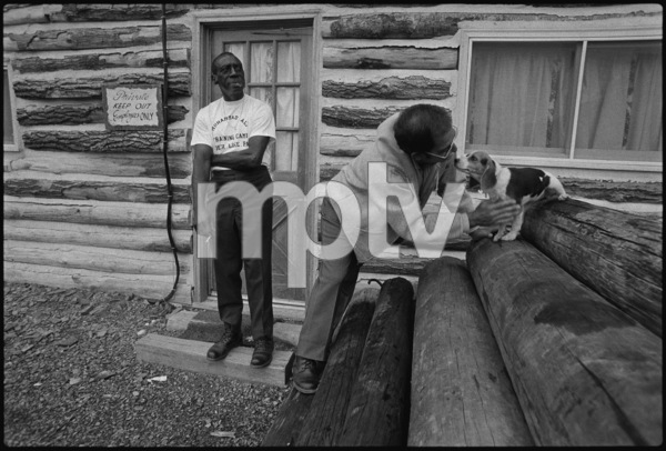 Luis Serria, Angelo Dundee1974© 1978 Peter Angelo Simon - Image 7683_0502