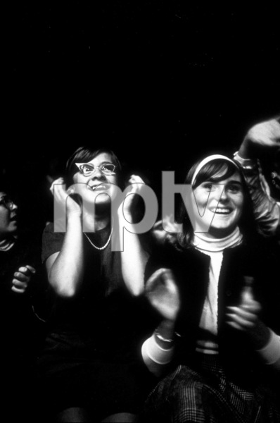 Beatles Fans enjoying the concertBeatles USA tour, 1964 © 1978 Gunther / MPTV  - Image 7685_0161