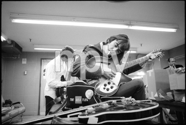 John Lennon and George Harrison of the Beatles1964 © 1978 Gunther - Image 7685_0252