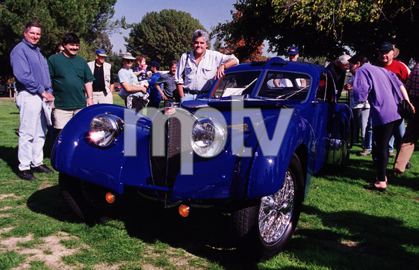 7687-10 JAY LENOAND HIS 1937 BUGATTI TYPE 57SCAT WOODLEY PARK CA 11/15/98 © 1998 RON AVERY / MPTV - Image 7687_0010