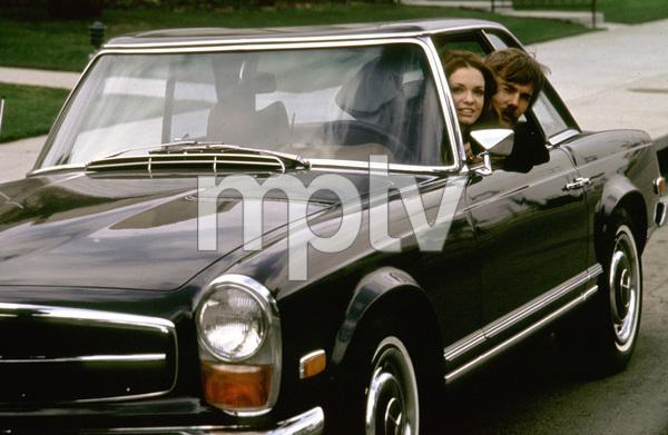 Karen Valentine and her husband Mac McLaughlinin her 1970 Mercedes 280 SL1970 © 1978 Gunther - Image 7703_4